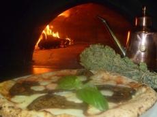 melanzane pizza.