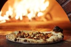 Pizzeria Prima Strada Pizza Fresh From the Oven